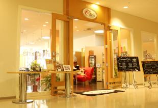 上越市ネイルサロン・美容室 CREA(クレア)市民プラザ店